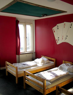 casino and games [helter skelter hostel berlin]